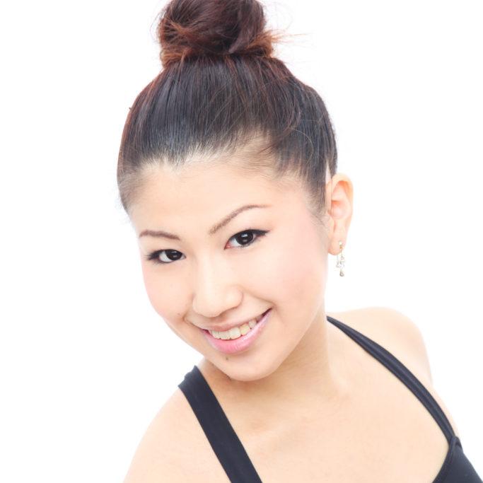 平井 絢子